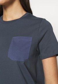 ONLY - ONLEMELIE DRESS - Chemise de nuit / Nuisette - ombre blue - 5
