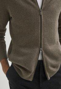 Massimo Dutti - Cardigan - light grey - 5