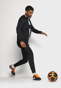 Nike Performance - DRY STRIKE SUIT - Dres - black - 1