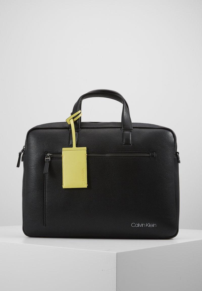 Calvin Klein - POCKET LAPTOP BAG - Aktówka - black