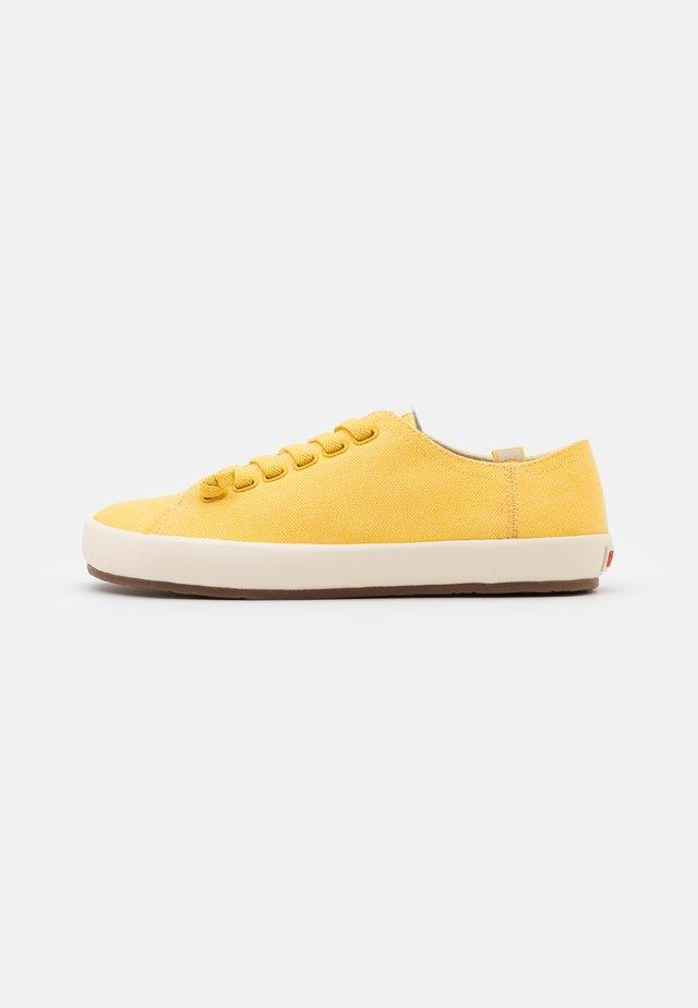 PEU RAMBLA VULCANIZADO - Sneakers laag - yellow
