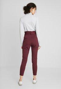 Vero Moda - VMEVA LOOSE PAPERBAG PANT - Trousers - port royale - 2