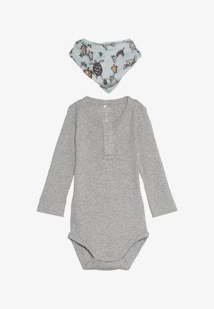 NBMJEX BODYNBNJERS SCARF BIB SET - Long sleeved top - grey melange
