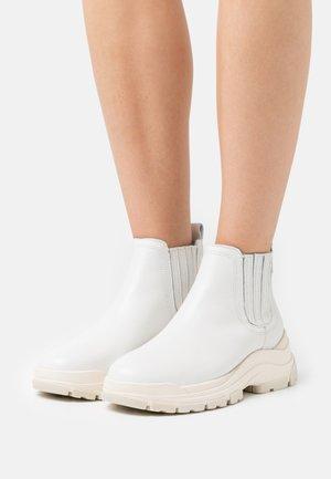 MAIA  - Boots à talons - offwhite