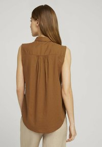 TOM TAILOR - Button-down blouse - caramel brown - 2