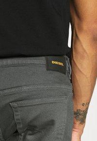 Diesel - D-YENNOX - Slim fit jeans - 009HA 90d - 3