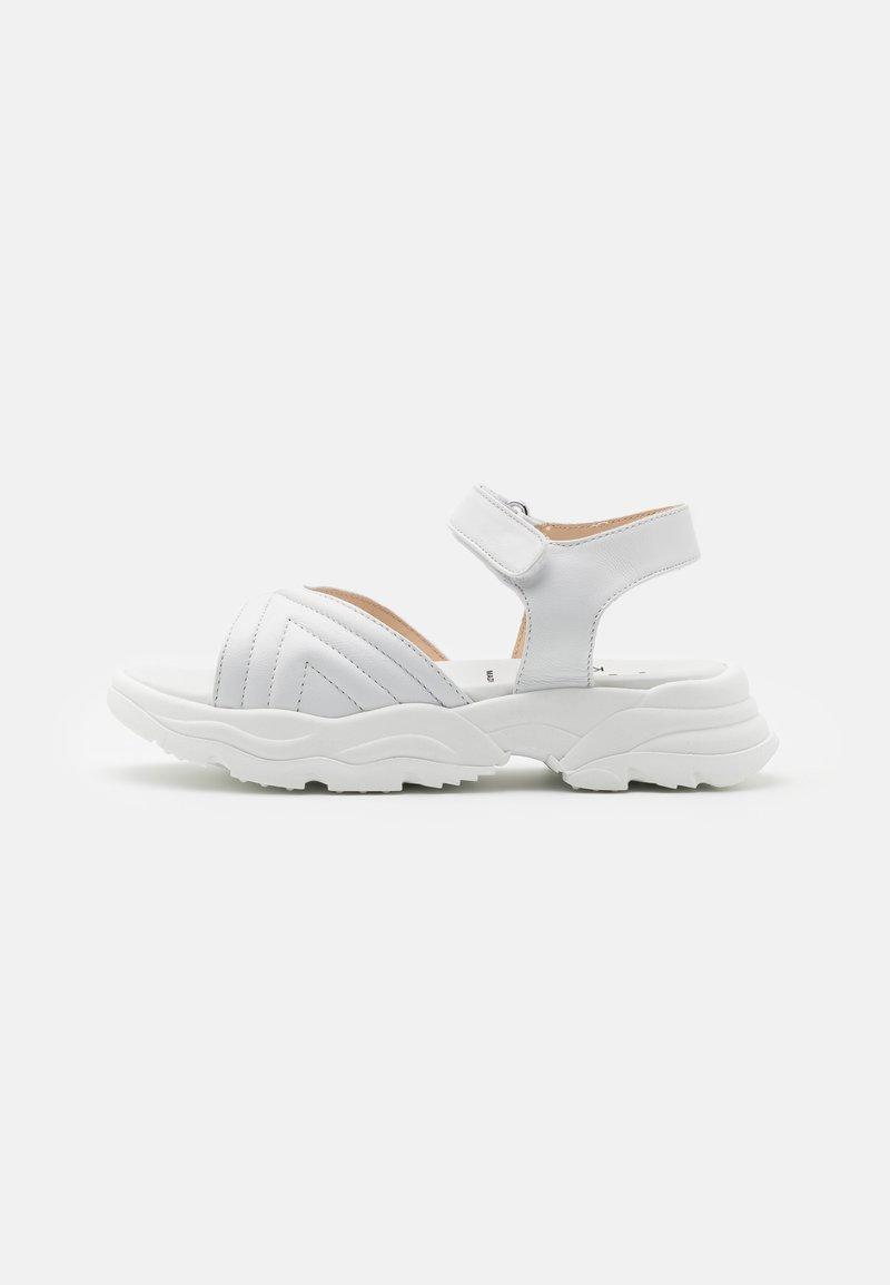 N°21 - Sandals - white