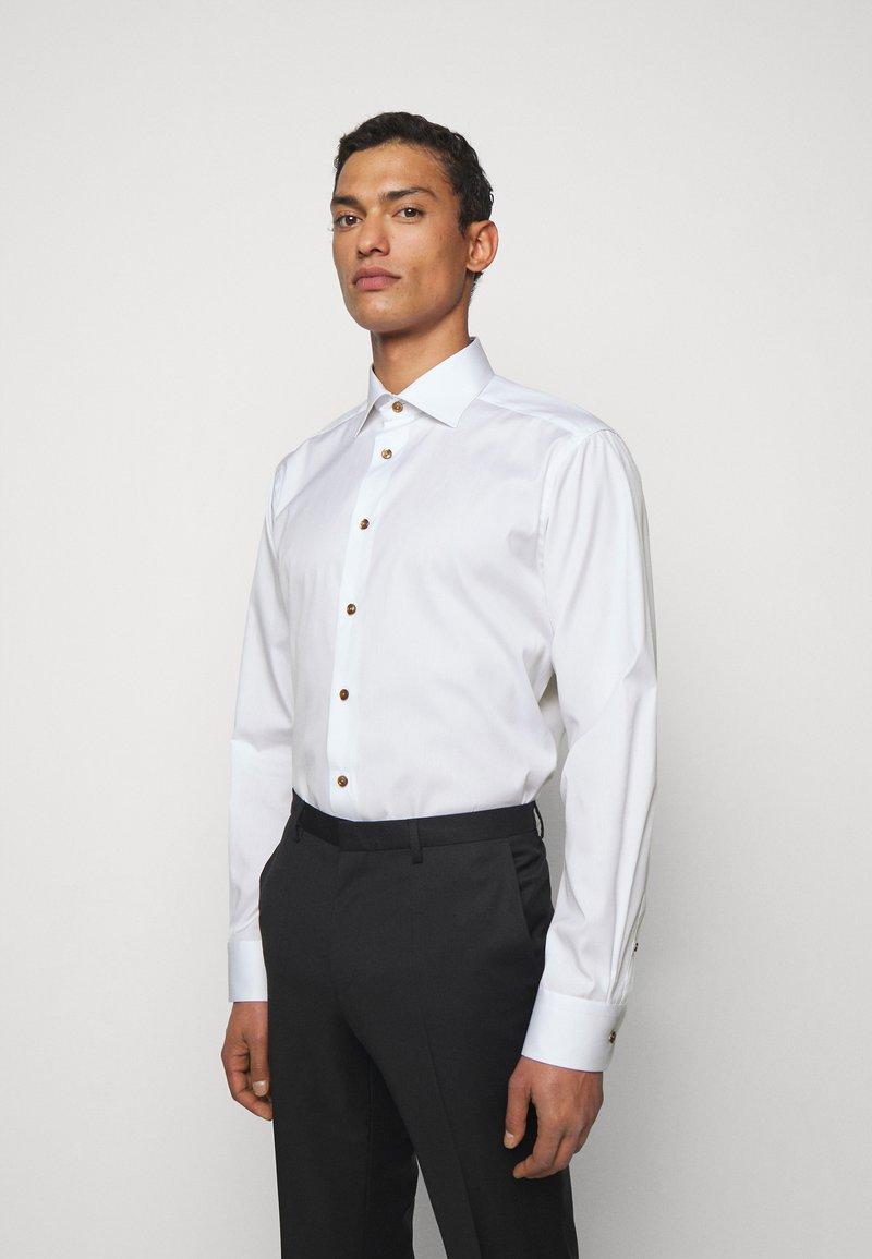 Eton - CONTEMPORARYWHITE ETON POPLIN SHIRT - Formal shirt - white poplin