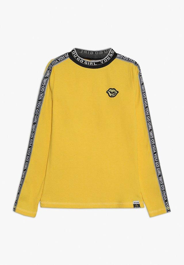 LIEKE - Maglietta a manica lunga - yellow