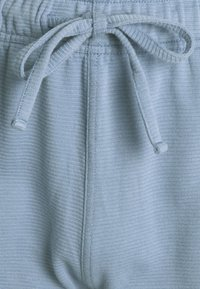 Hollister Co. - LOUNGE BOTTOM OTTOMAN SHORTS - Pyjama bottoms - faded denim - 2