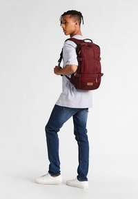 Eastpak - FLOID/CORE SERIES - Mochila - mono wine - 1