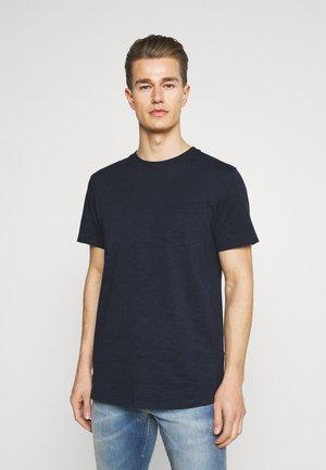SLHREGCARLOS  O NECK TEE - T-shirt - bas - navy blazer