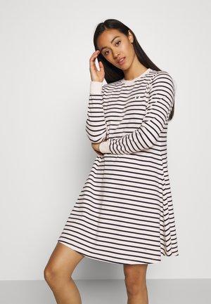 ISA DRESS - Sukienka z dżerseju - off-white/navy