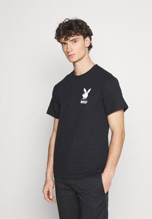 PLAYBOY OCTOBER TEE - Print T-shirt - black