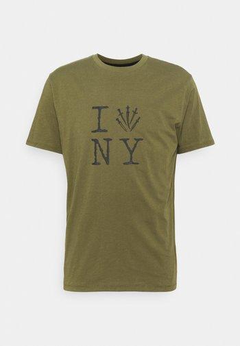 DAGGER NY TEE - T-shirt imprimé - armygreen