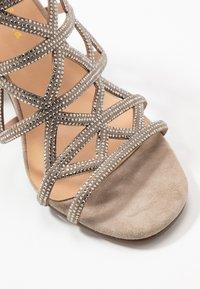 Alma en Pena - High heeled sandals - taupe - 2