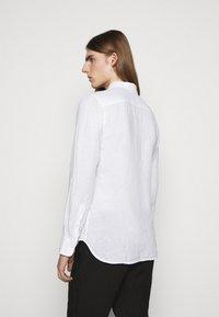 120% Lino - SLIM FIT - Košile - white - 2