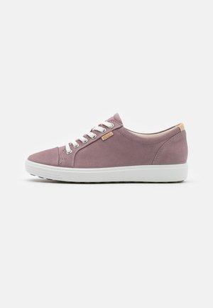 Sneakers laag - woodrose