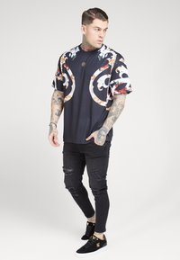 SIKSILK - BOXY FLORAL TEE - Triko s potiskem - multi-coloured - 0