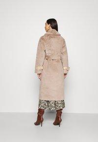 Topshop - REVERSIBLE COAT - Classic coat - mink - 2
