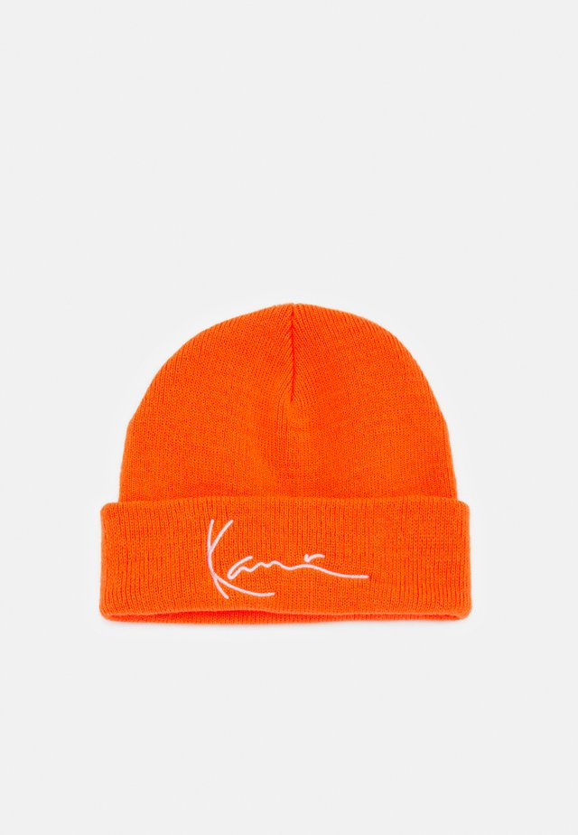 SIGNATURE FISHERMAN BEANIE UNISEX - Čepice - orange
