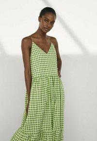 Massimo Dutti - MIT VICHYKAROS - Maxi dress - green - 2
