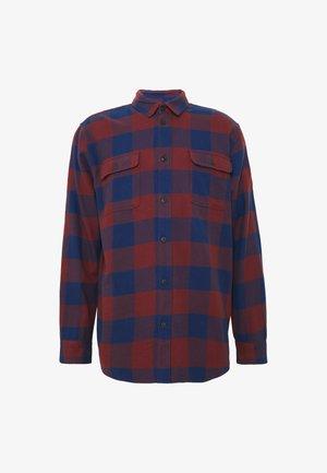 GABRIEL - Camisa - red/navy