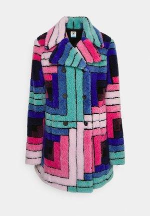 OUTERWEAR JACKET - Winter coat - bubblegum/turquoise
