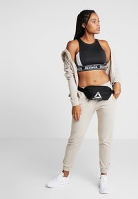 Reebok - WAISTBAG - Bum bag - black - 5