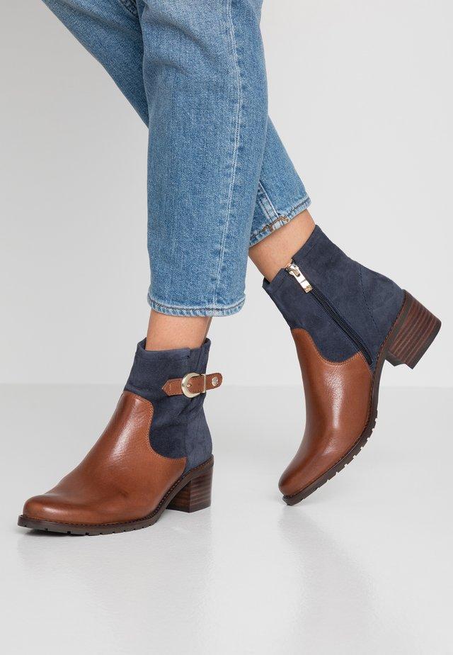 Classic ankle boots - cognac/ocean