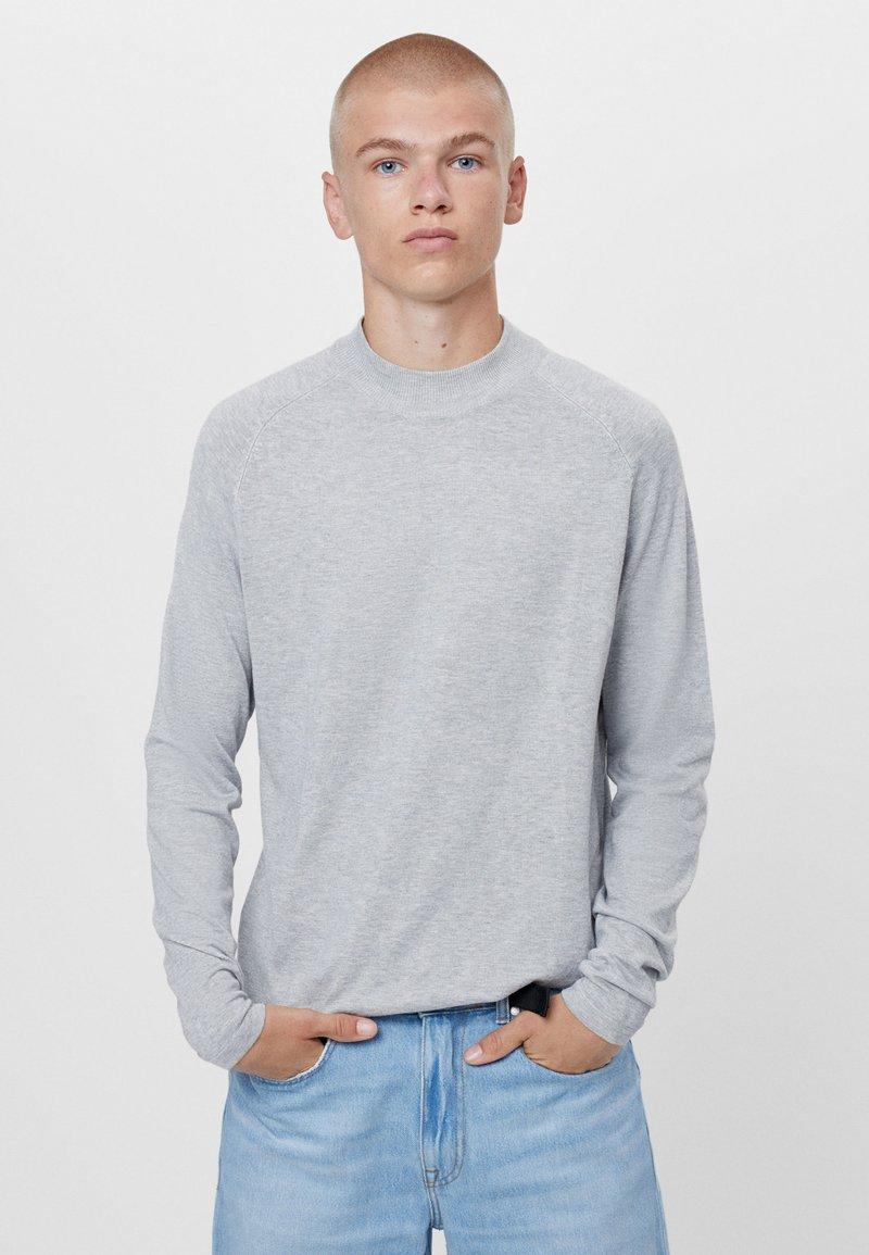 Bershka - Stickad tröja - grey