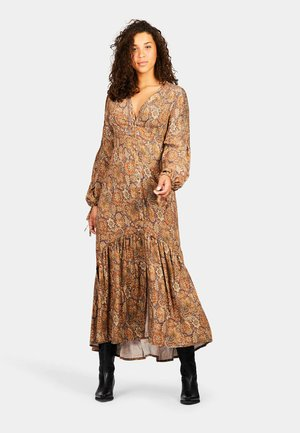 Maxi dress - mysterious indian flowers