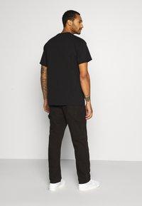 Nike SB - TEE LOGO UNISEX - Print T-shirt - black - 2