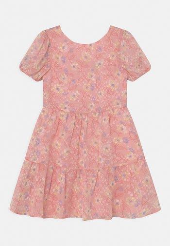 GIRLS PUFF SLEEVE TEXTURED FLORAL PRINT DRESS - Koktejlové šaty/ šaty na párty - pink