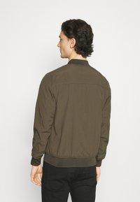 Cotton On - RESORT - Bomber Jacket - textured khaki - 2