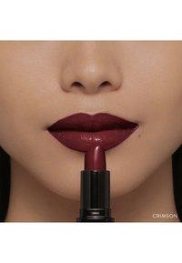 Bobbi Brown - LUXE LIP COLOR - Lipstick - color crimson - 5