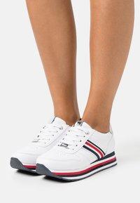 TOM TAILOR DENIM - Sneakers laag - white - 0