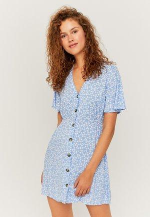 MIT KNÖPFEN - Day dress - blue