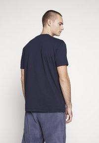 Napapijri The Tribe - SOX  - Print T-shirt - blu marine - 2