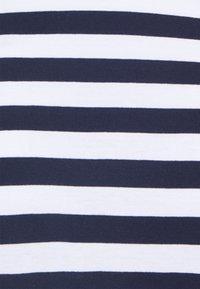 Pieces - PCRIA LS NEW TEE NOOS - Top sdlouhým rukávem - bright white - 2