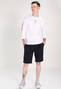 YOURTURN - Shorts - true navy - 1