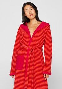 Esprit - Dressing gown - raspberry - 0