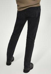 Massimo Dutti - Jean slim - black - 2