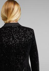Esprit Collection - MIT PAILLETTEN - Blazer - black - 5