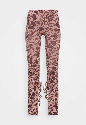 TONI DREHER X nu-in TIE CUFF SPLIT HEM LEGGINGS - Legging - pink/brown