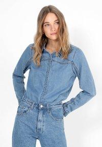 Scalpers - Button-down blouse - blue - 0