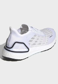 adidas Performance - ULTRABOOST SUMMER.RDY SHOES - Zapatillas de running neutras - white - 5