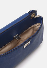 Guess - SANDRINE CONVERTIBLE CROSSBODY - Across body bag - blue - 2