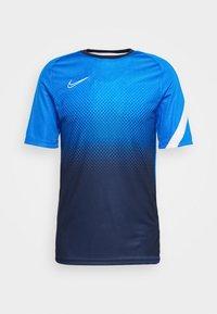 Nike Performance - DRY ACADEMY - T-shirt print - soar/white - 4