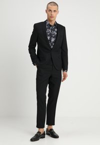 Twisted Tailor - HEMINGWAY SUIT - Completo - black - 0
